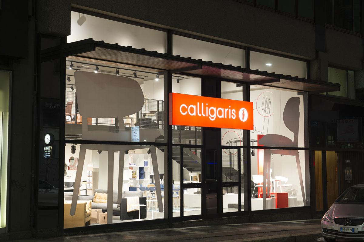 Insegne luminose a led publiremor treviso venezia for Calligaris vetrine