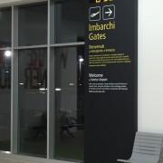 Totem-Multimediale-con-orologio-Aeroporto-di-Venezia_013