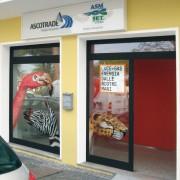 Vetrofanie+insegna-Ufficio-Commerciale-Ascotrade-Porto-Viro-Rovigo_014
